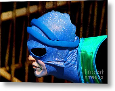 Dressed Up For The Show Metal Print by Mariola Bitner