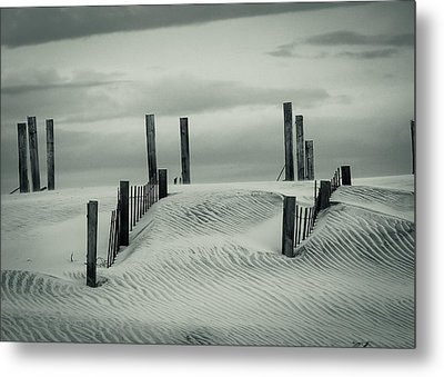 Drifting Dunes Metal Print by Tom McGowan