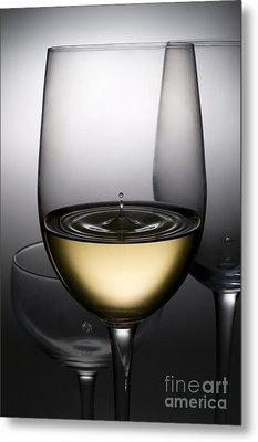 Drops Of Wine In Wine Glasses Metal Print by Setsiri Silapasuwanchai