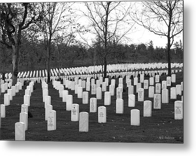 Eagle Point National Cemetery In Black And White Metal Print by Mick Anderson