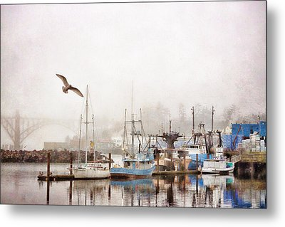 Early Morning Newport Oregon Metal Print by Carol Leigh