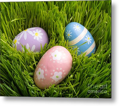 Easter Eggs In The Grass Metal Print by Edward Fielding