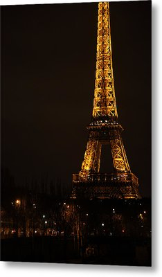 Eiffel Tower - Paris France - 011321 Metal Print by DC Photographer