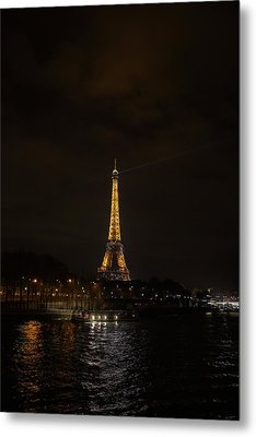Eiffel Tower - Paris France - 011336 Metal Print by DC Photographer