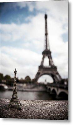 Eiffel Trinket Metal Print by Ryan Wyckoff