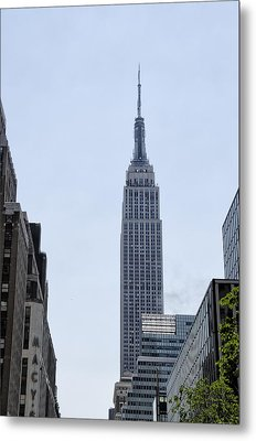 Empire State - New York City Metal Print by Bill Cannon