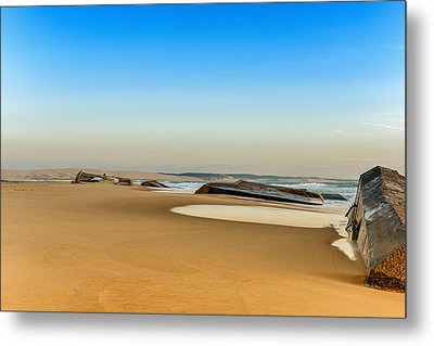 Metal Print featuring the photograph End Of The World by Thierry Bouriat