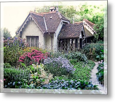 English Cottage Garden Metal Print by Edward Fielding