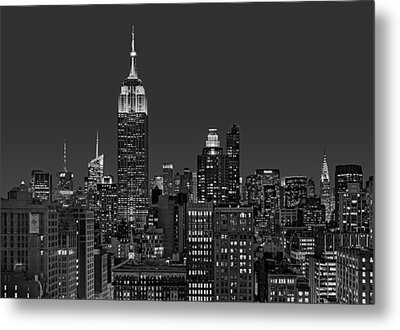 Esb Surrounded By The Flatiron District Bw Metal Print by Susan Candelario