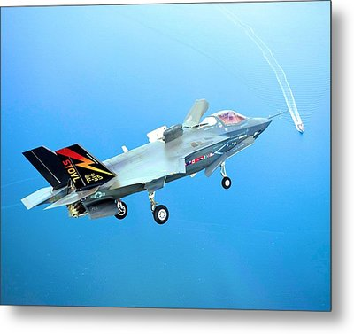 F 35 Joint Strike Fighter Fianl Approach Us Assault Carrier Enhanced IIi Metal Print by US Military - L Brown