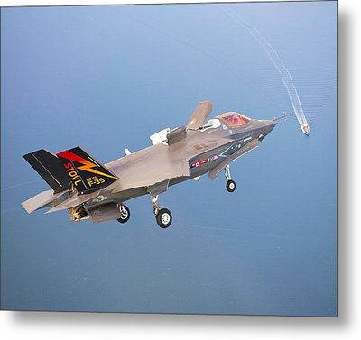 F 35 Joint Strike Fighter Fianl Approach Us Assault Carrier Enhanced Metal Print by US Military - L Brown