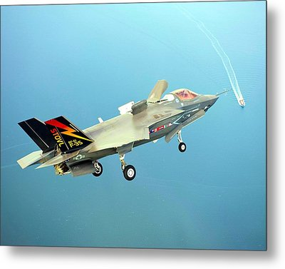 F 35 Joint Strike Fighter Final Approach Us Assault Carrier Enhanced II Metal Print by US Military - L Brown