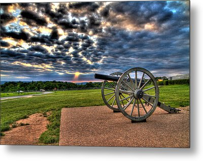 Fire Clouds Over A Gettysburg Cannon Metal Print by Andres Leon