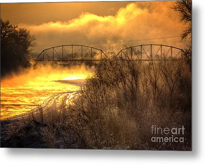Fire Water Metal Print by Bob Hislop