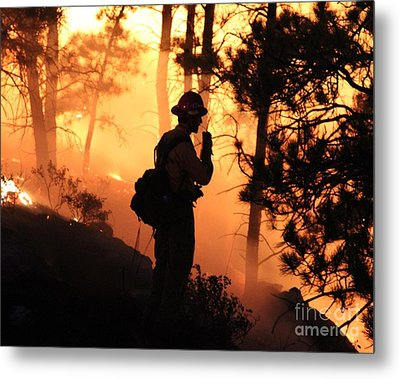 Metal Print featuring the photograph Firefighter At Night On The White Draw Fire by Bill Gabbert