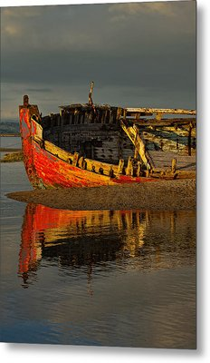 Fishing Boat At Crow Point - North Devon Metal Print by Pete Hemington