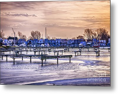Floating Homes At Bluffers Park Marina Metal Print by Elena Elisseeva