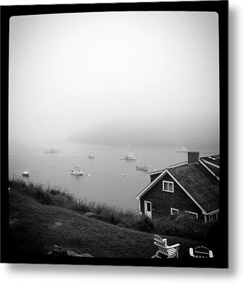Foggy Manana In Black And White  Metal Print by Jean Macaluso