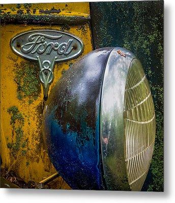 Ford V8 Emblem Metal Print by Paul Freidlund