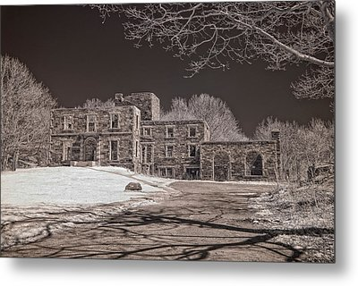 Forgotten Fort Williams Metal Print by Joann Vitali