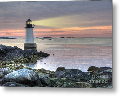 Fort Pickering Lighthouse At Sunrise Metal Print by Juli Scalzi