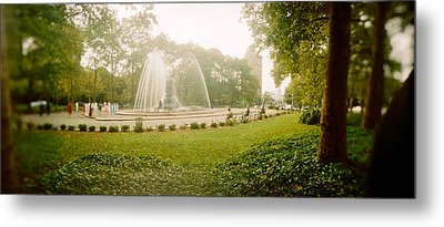 Fountain In A Park, Prospect Park Metal Print by Panoramic Images