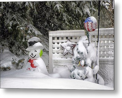 Frosty The Snow Man Metal Print by Thomas Woolworth