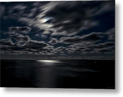 Full Moon On The Bay Of Fundy Metal Print by Marty Saccone
