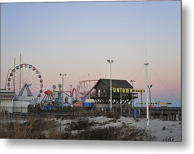 Fun At The Shore Seaside Park New Jersey Metal Print by Terry DeLuco
