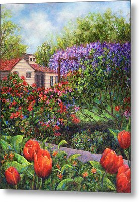 Garden With Tulips And Wisteria Metal Print by Susan Savad