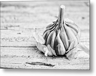 Garlic Metal Print by Nailia Schwarz