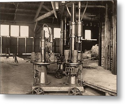 Glass-blowing Machine, 1908 Metal Print by Science Photo Library