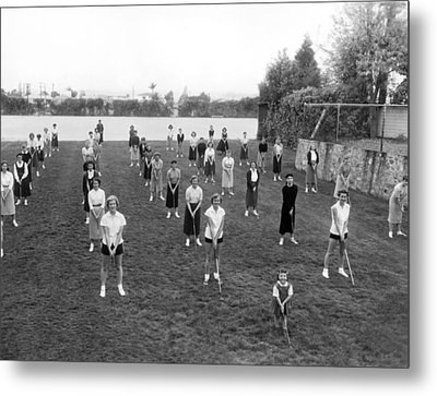 Golf Lessons For Women Metal Print by Underwood Archives