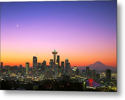 Good Morning America. Metal Print by King Wu