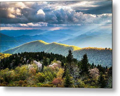 Great Smoky Mountains National Park - The Ridge Metal Print by Dave Allen