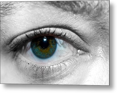 Green Eye Metal Print by Guinapora Graphics