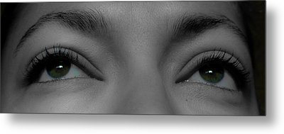 Green Eyes Metal Print by Guinapora Graphics