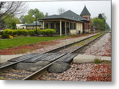 Grinnell Iowa - Train Depot Metal Print by Gregory Dyer