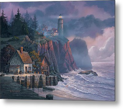 Harbor Light Hideaway Metal Print by Michael Humphries