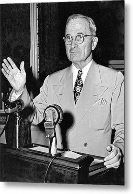 Harry Truman Press Conference Metal Print by Underwood Archives
