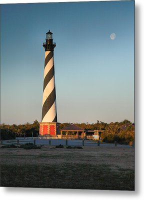Hatteras Lighthouse And Moon Metal Print by Steven Ainsworth