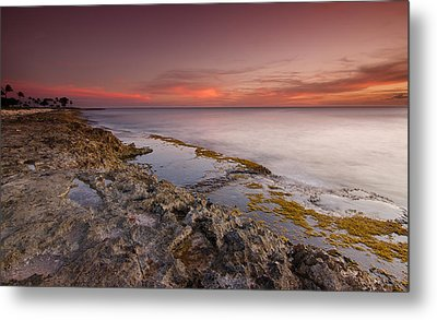 Hawaii Sunset Paradise  Metal Print by Tin Lung Chao