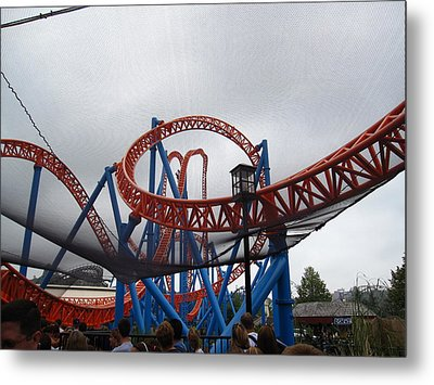 Hershey Park - Fahrenheit Roller Coaster - 12123 Metal Print by DC Photographer
