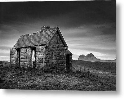 Highland Cottage 1 Metal Print by Dave Bowman
