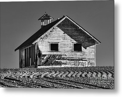 Highland School House Metal Print by Mark Kiver