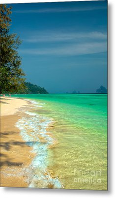 Holiday Destination Metal Print by Adrian Evans