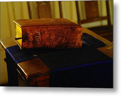 Holy Bible In Lincoln City Metal Print by Jeff Swan