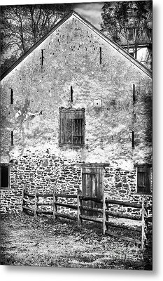 House With The Fence Metal Print by John Rizzuto