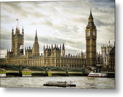 Houses Of Parliament On The Thames Metal Print by Heather Applegate