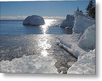 Ice Cold Day On Lake Superior Metal Print by Sandra Updyke